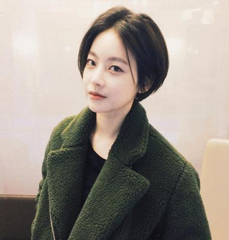 Rambut Pendek Artis Korea Yang Ngehits Belakangan Ini IniKpop - Gaya rambut pendek elegan