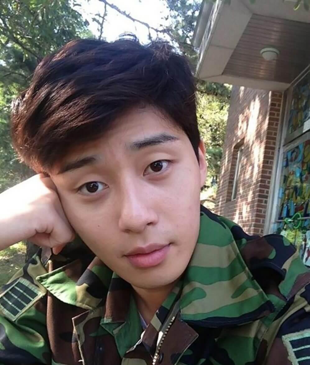 Park Seo Joon wajib militer