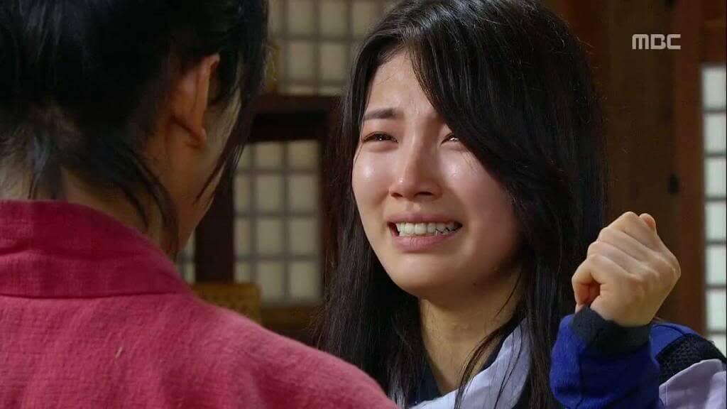 idol cry