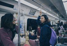 naik subway di Korea Selatan