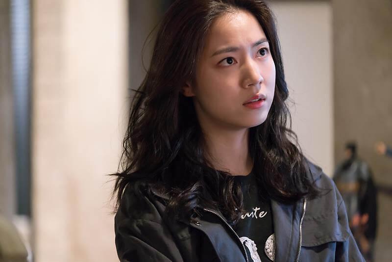 Ryu Hwa Young sebagai Jang Ha Ri